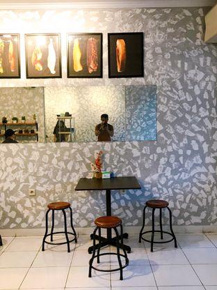 Foto 10 - Interior di Burger Boss oleh yudistira ishak abrar