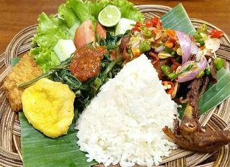 6 Restoran Sunda di Bandung Terfavorit dan Paling Diburu Oleh Wisatawan