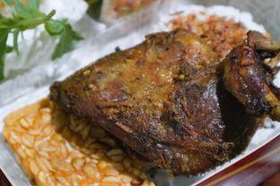 Foto 1 - Makanan di Bebek BKB oleh thehandsofcuisine