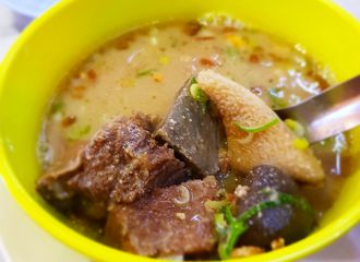 9 Tempat Makan di Genteng Surabaya Ini Rasanya Juara