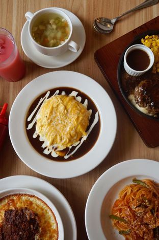 Foto 2 - Makanan di Food Days oleh yudistira ishak abrar