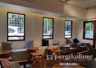Foto 4 - Interior di Simetri Coffee Roasters oleh UrsAndNic