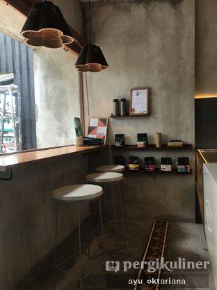 Foto 5 - Interior di Work Coffee oleh a bogus foodie