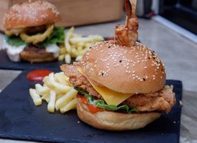 Tips Buat Kamu yang Ingin Berbuka Puasa dengan Makanan Cepat Saji