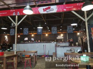 Foto 7 - Interior di Roti Bakar 88 oleh Farah Nadhya   @foodstoriesid