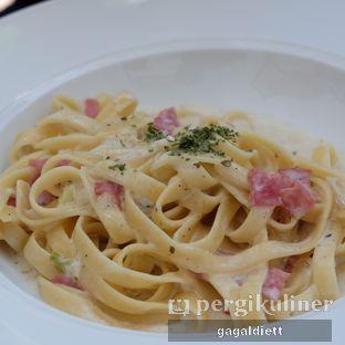 Foto 14 - Makanan di North Pole Cafe oleh GAGALDIETT