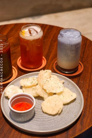 Foto review Upstairs Coffee Signature oleh Vionna & Tommy 4