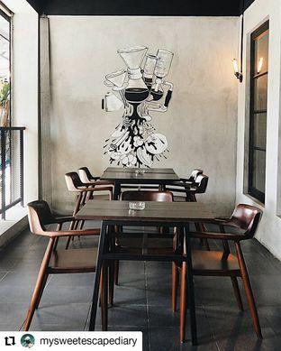 Foto 1 - Interior di Black Ground Cafe & Eatery oleh Nadia Indo