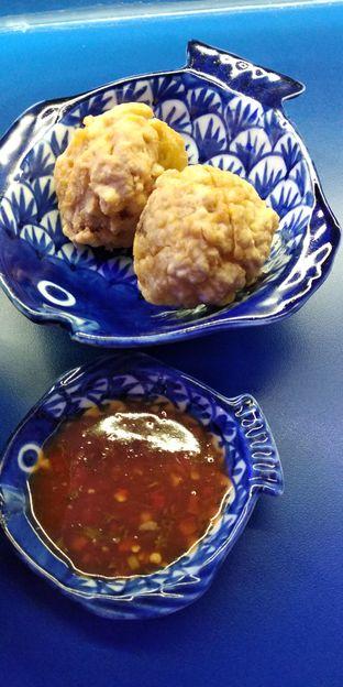 Foto 2 - Makanan(bakso goreng) di Demie oleh Rosalina Rosalina