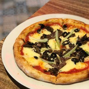 Foto 1 - Makanan di Iceberg Pizza & Gelato oleh @belfoodiary
