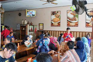 Foto 13 - Interior di Ayam Kremes Bu Tjondro oleh yudistira ishak abrar