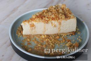 Foto 1 - Makanan(Baileys Cheese cake) di Atico by Javanegra oleh UrsAndNic
