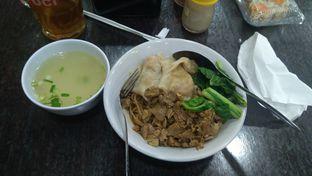 Foto 1 - Makanan di Mie Ayam Gondangdia oleh Joshua Theo