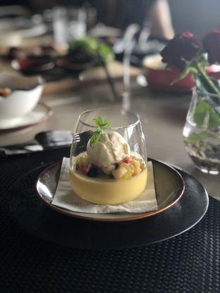 Foto 5 - Makanan(Mango Panacotta) di Basic Instinct Culinary oleh feedthecat