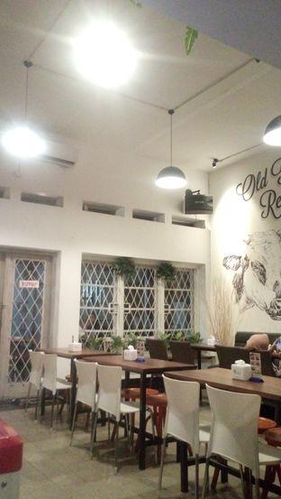 Foto 3 - Interior di Irba Steak oleh Julia Intan Putri