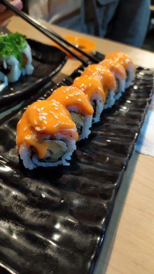 Foto 1 - Makanan di OTW Sushi oleh Tristo