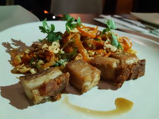 Foto 3 - Makanan(Panceta de cerdo al horno) di Altoro Spanish Gastrobar oleh Anggriani Nugraha