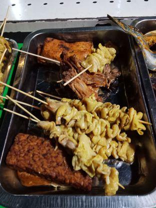 Foto 1 - Makanan di Ayam Bakar Ribet oleh Sisil Kristian