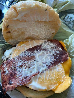 Foto 5 - Makanan di Flip Burger oleh Duolaparr