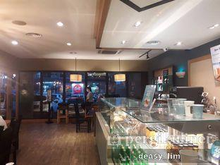 Foto 6 - Interior di Caribou Coffee oleh Deasy Lim
