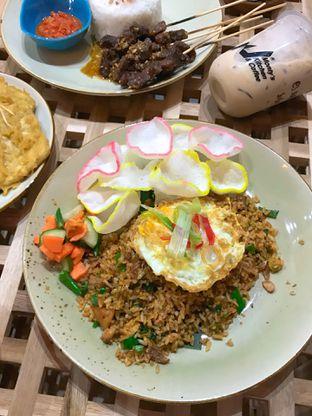 Foto 5 - Makanan di Monty's Kitchen & Coffee oleh yudistira ishak abrar