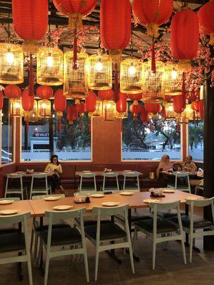 Foto 5 - Interior di Dragon Cafe oleh clown