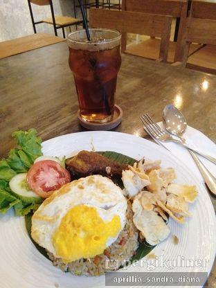 Foto 2 - Makanan(Nasi Goreng Kampung) di Artivator Cafe oleh Diana Sandra