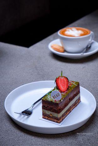 Foto 1 - Makanan di BEAU Bakery oleh Indra Mulia