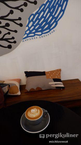 Foto 7 - Interior di Tuang Coffee oleh Mich Love Eat