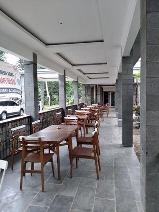 Foto 16 - Interior di Divani's Boulangerie & Cafe oleh Prido ZH