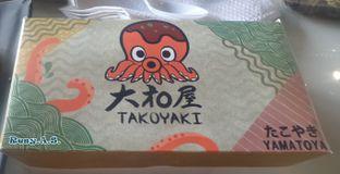 Foto 2 - Interior(wadahnya lucuuuu) di Japanese Takoyaki Yamatoya oleh Resy Alifiyanti