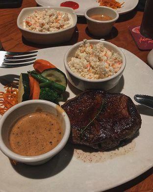 Foto - Makanan di Outback Steakhouse oleh Fatsopotato