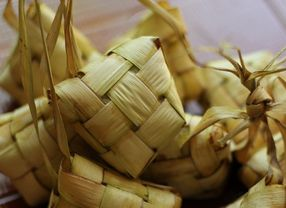 Uniknya Aneka Bentuk Nasi Khas Nusantara untuk Lebaran