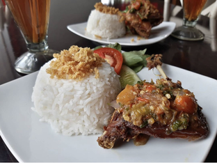 Foto - Makanan di Bebek Bentu oleh Rony Sullivan