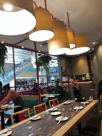 Foto Interior di Din Tai Fung Noodle Bar