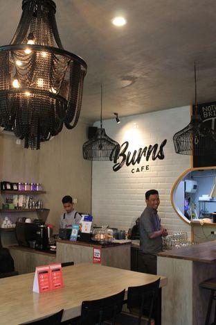 Foto 8 - Interior di Burns Cafe oleh Prido ZH