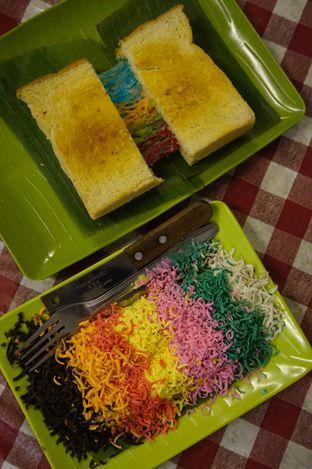 Foto 23 - Makanan di Dapoer Roti Bakar oleh Prido ZH
