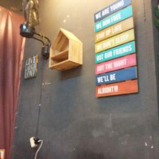 Foto 3 - Interior di Keibar - Kedai Roti Bakar oleh Andin | @meandfood_