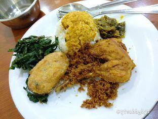 Foto 1 - Makanan di RM Putra Minang oleh abigail lin