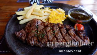 Foto 3 - Makanan di Tokyo Skipjack oleh Mich Love Eat