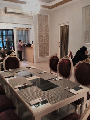 Foto 4 - Interior di Ali Baba Middle East Resto & Grill oleh angga surya