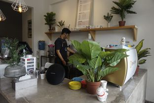 Foto 20 - Interior di Bhumi Coffee oleh yudistira ishak abrar