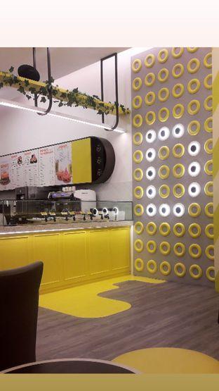 Foto 6 - Interior di Dots Donuts oleh Nadia Indo