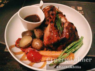 Foto 4 - Makanan(Roasted Poulet) di Magnum Cafe oleh Chacha Afrilia