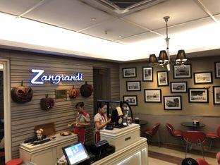 Foto 2 - Interior di Zangrandi Ice Cream oleh Food Bender