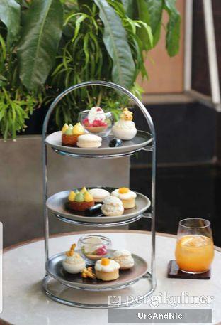 Foto 2 - Makanan di The Writers Bar - Raffles Jakarta Hotel oleh UrsAndNic
