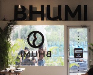 Foto 4 - Interior di Bhumi Coffee oleh @vespafoodie