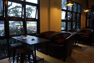 Foto 12 - Interior di KRAH Coffee & Cuisine oleh yudistira ishak abrar