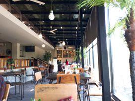 foto The Localist Coffee & Bistro