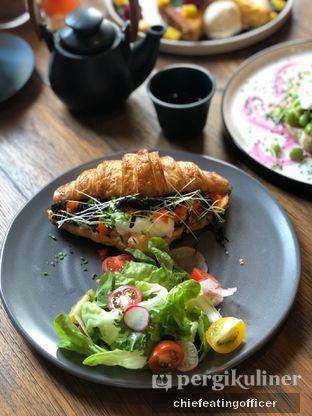 Foto 3 - Makanan di Burns Cafe oleh Cubi